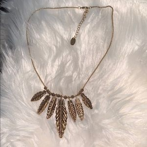 ✨ LOWEST PRICE ✨ Gold Feather Necklace